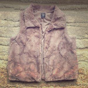 Vince Camuto faux fur/Sherpa vest